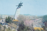 north-korea-pyongyang-chollima-statue-uz-5539
