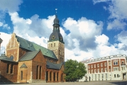 latvia-riga-dome-square-18-2371