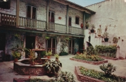 usa-louisiana-new-orleans-bosque-house-courtyard-18-2757